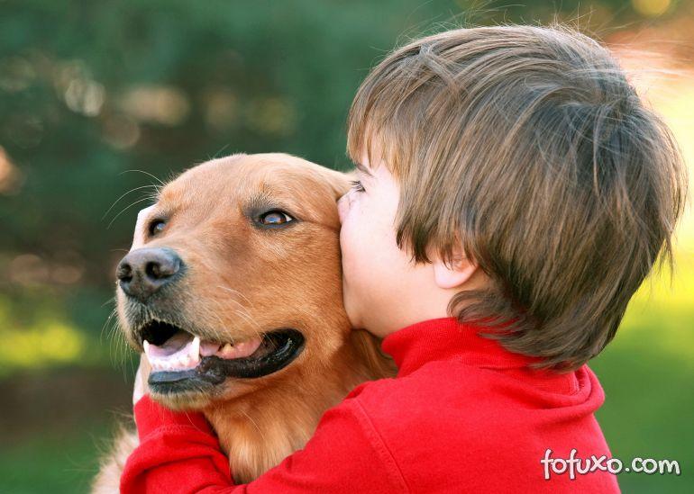 Cães ajudam a reduzir casos de alergia e obesidade em crianças