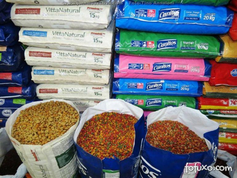 Saiba os riscos de comprar ração a granel