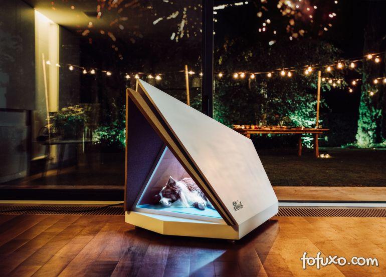 Ford apresenta conceito de casinha de cachorros antifogos