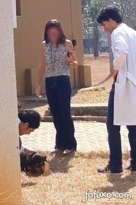 """Cachorro """"rouba"""" osso de laboratório de anatomia da UFG"""