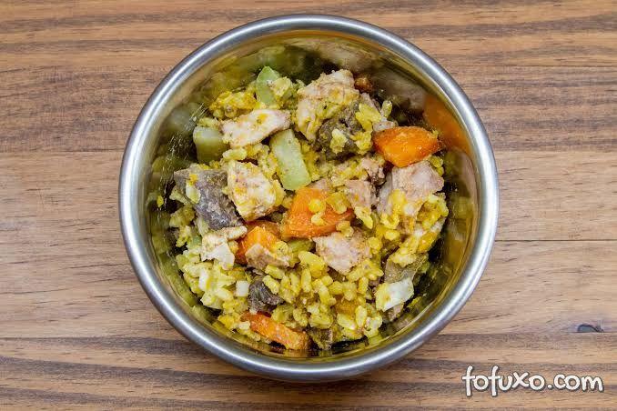 Dicas para fazer uma refeição saudável e caseira para cachorros